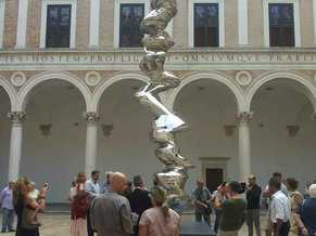 Preview picture exhibit Tony Cragg Elliptical Column Palazzo Ducale Urbino